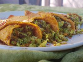 wraps de zanahoria y migas de coliflor con calabizo