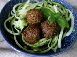 lbóndigas veganas con Calabizo y espagueti de calabacín