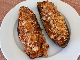 Sabrosa receta de berenjenas rellenas de verduras con calabizo